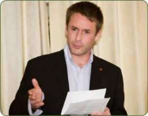Miguel Dean